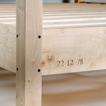 sycamore-four-poster-leg-and-carving